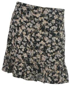 Pieces skirt