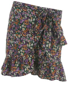 Only skirt